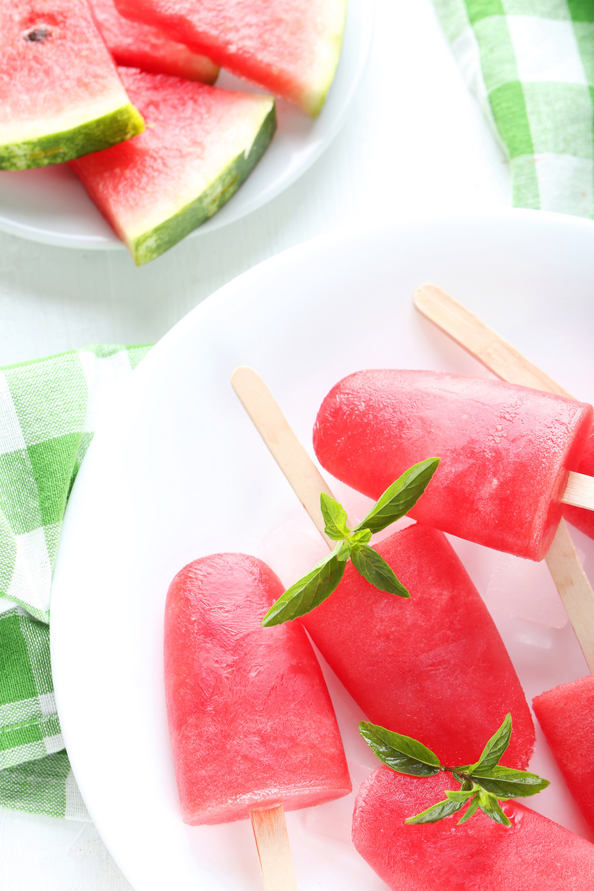 Easy Watermelon Popsicles Recipe
